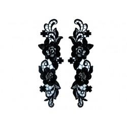 Gipiura Antique motif pair BLACK